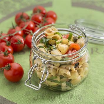 Salade de coquilles tomate mozzarella basilic